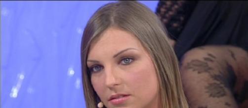 Tara Uomini e Donne, programma Canale 5