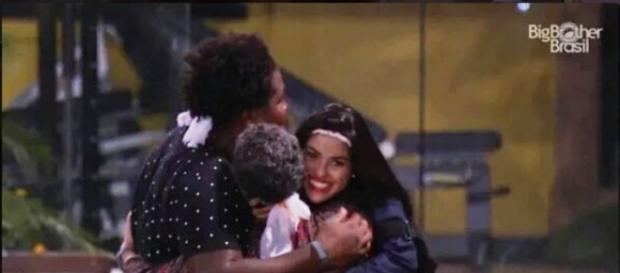 Geralda, Ronan e Munik (Reprodução/Globo)