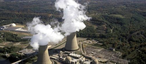 Central nuclear operativa a pleno rendimiento