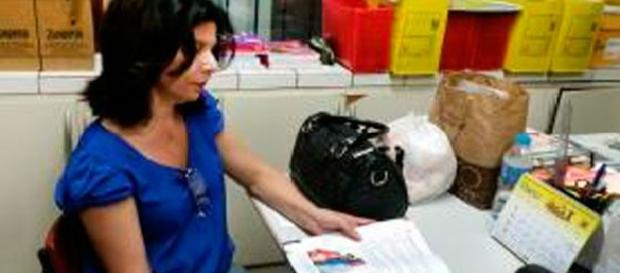 A diretora Marta Beatriz se opõe à decisão dos vereadores do Recife de proibir livros didáticos com o tema de diversidade sexual.