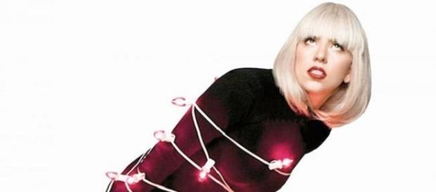 Lady Gaga celebra sus 30 por todo lo alto