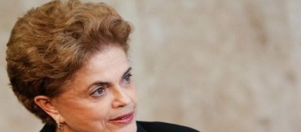Dilma sanciona com vetos lei que trata do IR sobre ganho de capital