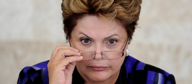 Grande maioria pede o afastamento de Dilma Rousseff atendendo ao clamor social