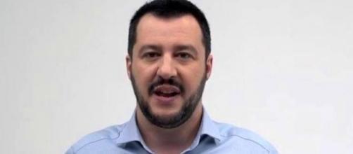 La lega di Salvini: Renzi se ne va o flessibilità