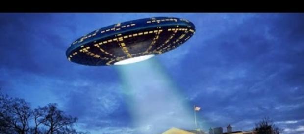 Hillary Clinton e gli Ufo in campagna elettorale
