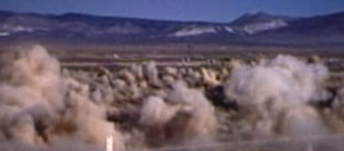 Las cavidades formadas a raíz de las explosiones nucleares son conocidas como cráteres de subsidencia. Fuente: YouTube/AtomCentral