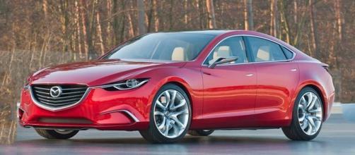 "Toyota Mirai, auto ad idrogeno eletta ""Green Car of the Year"""