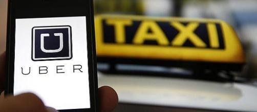 Uber regresa con fuerza desafiando a los taxis de la capital española