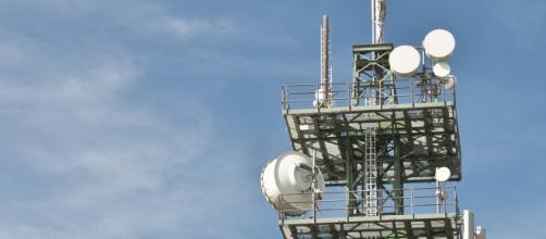 Un'antenna radio per telefonia