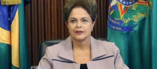 Dilma autoriza iberação de verbas diante do quadro político grave