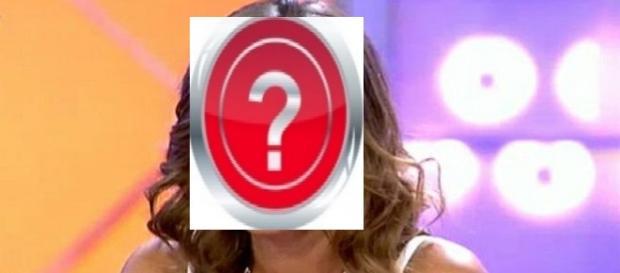 ¿Quién será esta chica tan misteriosa?