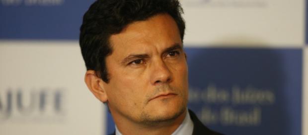 Sergio Moro clama pela mobilização da sociedade contra corripção