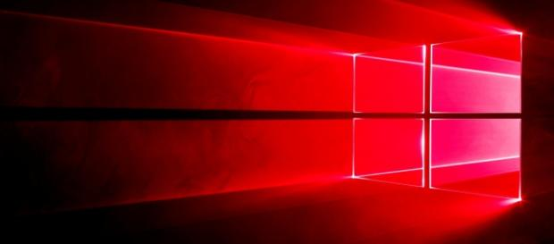 Windows 10 Redstone 1 podría aparecer un mes más tarde de lo previsto, según apuntan unos documentos para desarrolladores.
