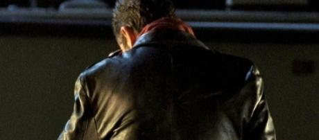 Imagen promocional de Jeffrey Dean Morgan como Negan