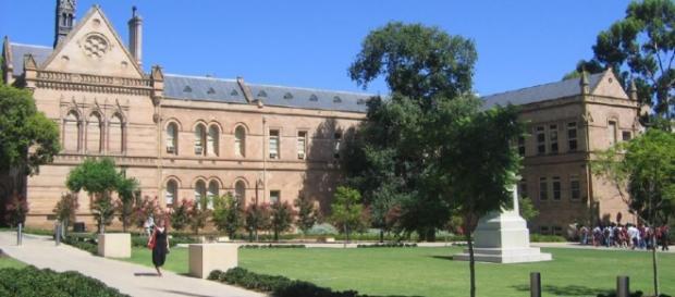 A Universidade de Adelaide é a terceira universidade mais antiga da Austrália