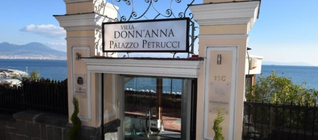 Villa Donn'Anna Palazzo Petrucci