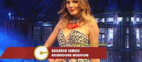 "Eugenia Lemos conduciendo ""10 Cosas"""