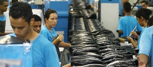 Fábrica de sapatos no interior paulista