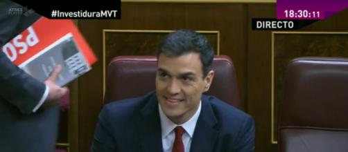 Pedro Sánchez durante el debate de Investidura