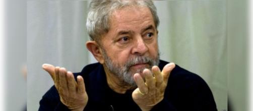 Polícia Federal busca Lula para depor