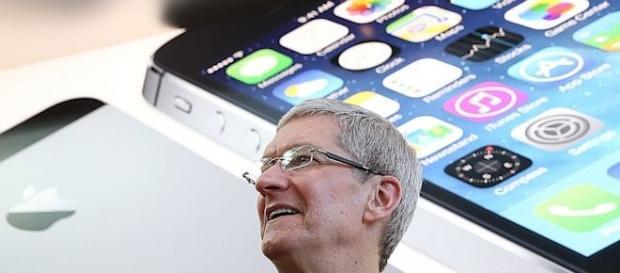Tim Cook, CEO della Apple, paladino della privacy