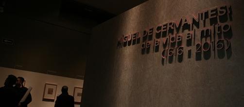 Entrada Biblioteca Nacional/ Miguel de Cervantes