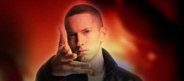 Eminem é a principal atração do primeiro dia