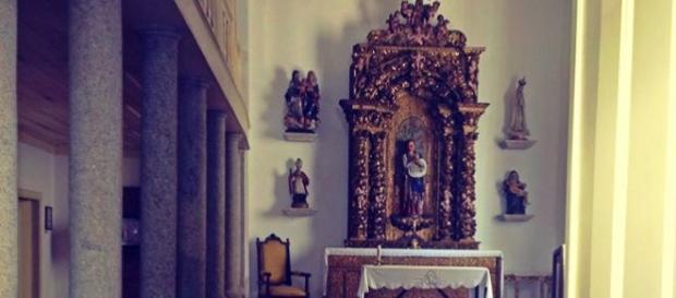 Interior recuperado da Capela de Santa Anastácia.