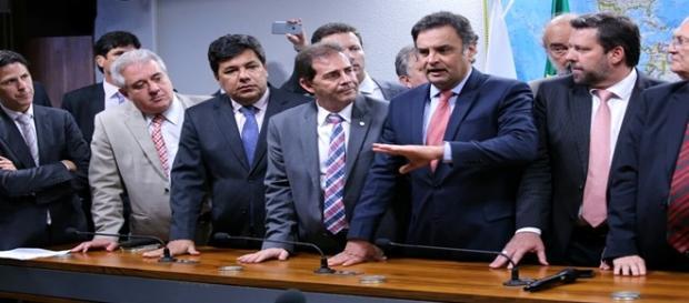 Oposição quer cassação de Governo Dilma