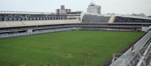 Estádio Urbano Caldeira, palco do jogo