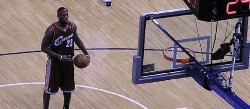 LeBron James scored 28 points (Wikipedia)