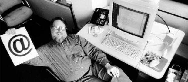 A primeira mensagem experimental de Ray foi em 74