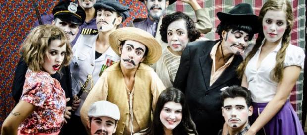 Espetáculo trouxe elementos clássicos do teatro.