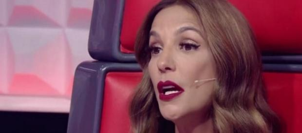 Ivete Sangalo faz desabafo ao vivo no The Voice