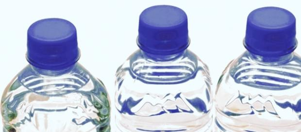 ¿Son las botellas de agua reutilizables?
