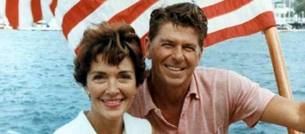 Nancy and Ronald Reagan circa 1964 (US Gov)