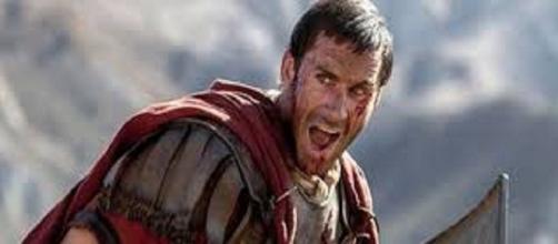 Joseph Fiennes protagonista del film 'Risorto'.