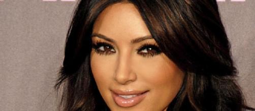 Kim Kardashian senza veli sui social