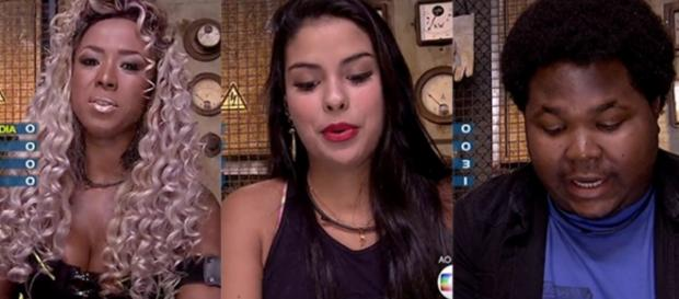 Adélia, Munik e Ronan - Foto/Reprodução: Globo