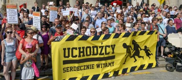 Polacy witają uchodżców, fot.: Ivan Diaz Castanos
