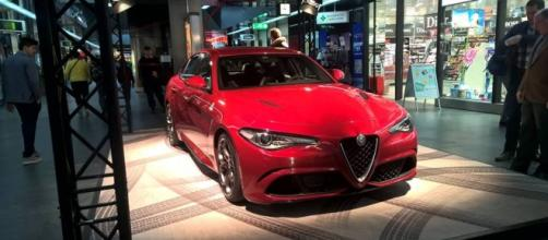 Alfa Romeo Giulia all'aeroporto di Ginevra
