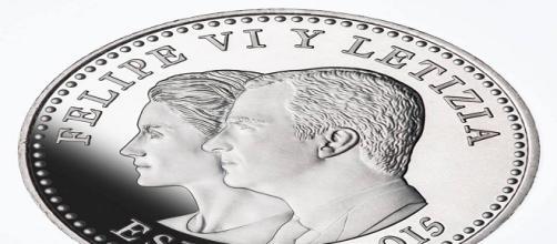 Moneda de los Reyes Felipe VI y Letizia