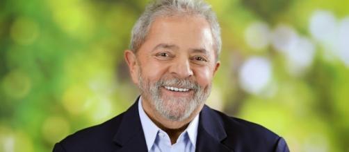 Se for nomeado ministro, Lula 'escapa' da PF
