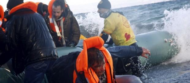 Naufrágio no domingo (6) matou 18 pessoas no Egeu