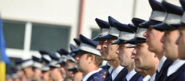 Încep angajările în Poliția Română