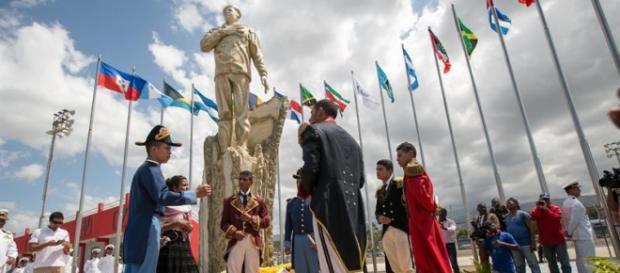 La estatua de Hugo Chávez en Haiti