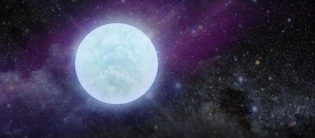 O stea cu atmosfera de oxigen pur