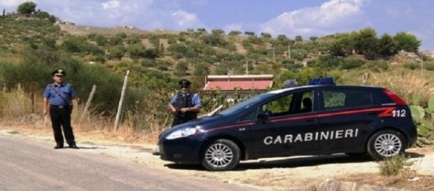 Posto di blocco dei carabinieri a Sambuca di Sicilia