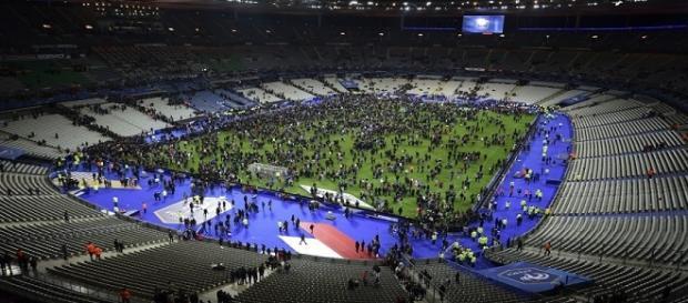 l'obiettivo reale dei terroristi di Bruxelles sarebbe stato di nuovo Parigi, durante l'europeo di calcio. Euro 2016 è a rischio?