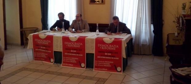 Un momento del dibattito svoltosi stamattina 10 aprile a Salerno.